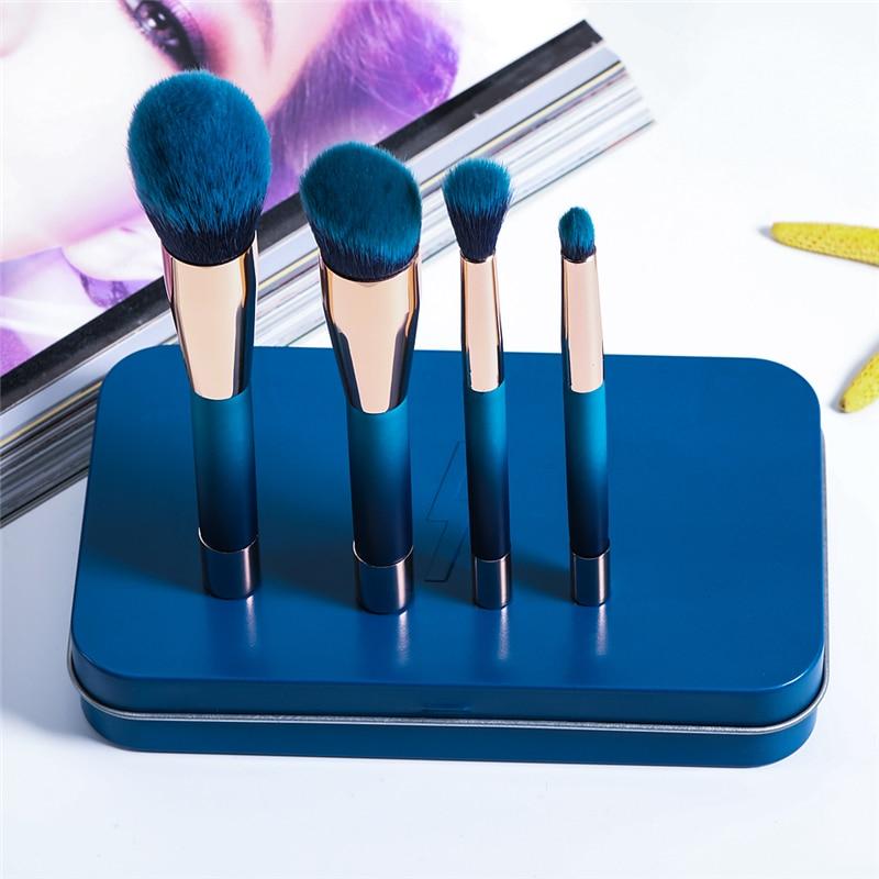 цена Korean Fashion 4pcs Mini Magnetic Brush Set Portable Powder Blush Foundation Makeup Brush Kit with Metal Case Blue