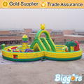 Fantasty Biggors inflável Casa do Salto Inflável Obstacle Course Combo Slide Crianças Jogando Terra