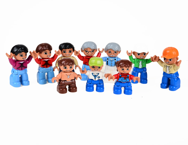 BOHS 10 Family Figures Building Blocks Toys 2.5*2.5*6.5cm