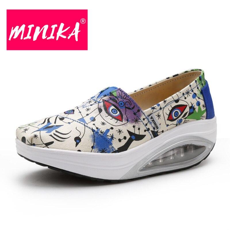 MINIKA New Arrival 2017 Women Flat Shoes Fashion Print Pattern Women Casual Shoes Height Increase Colorful Women Loafers Shoes minika soft