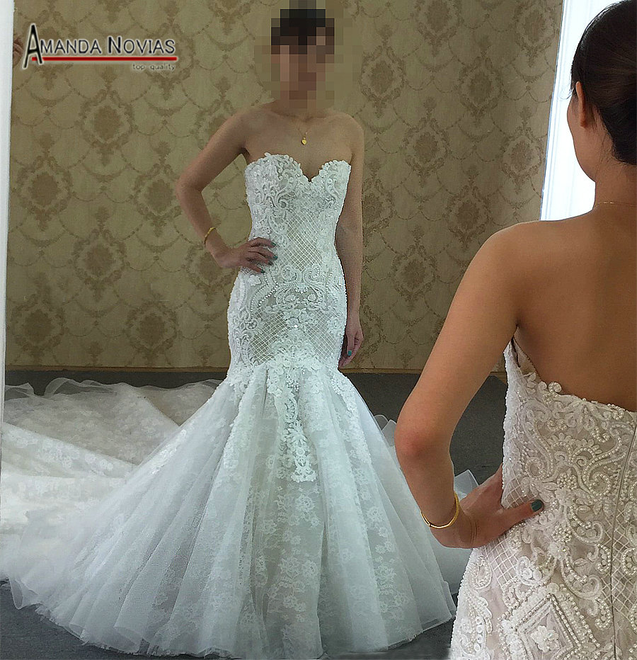 2019 New Model Contrast Color Wedding Dresses Champagne Color Shinny Full Beading Mermaid Wedding Dress