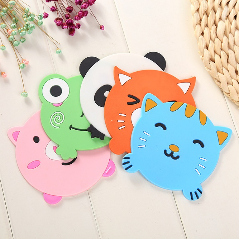 1 Pcs Silicone Dining Table Placemat Coaster Kitchen Accessories Mat Cup Bar Mug Cartoon Animal Drink Pads Hot Drink Holder in Mats Pads from Home Garden