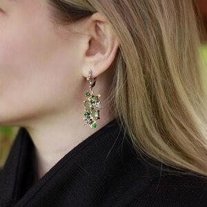 Image 3 - Красивые серьги и кольцо из зеленого кристалла, ювелирные изделия, цветочный дизайн, мульти Цирконий, латунный Металл, 2 шт., наборы ювелирных изделий для подарка маме