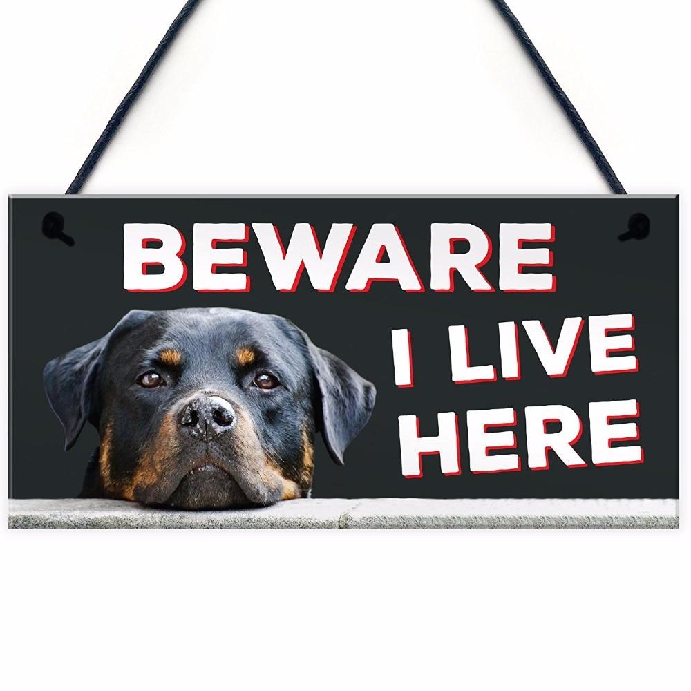 Meijiafei Beware I Live Here Rottweiler Hanging Outdoor