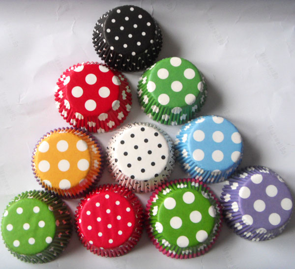 Free Drop Shipping 50x Black, Red, Green White Blue,purple Dot Paper Wedding Cupcake Liner Muffin Cup Cake Baking Mold Case