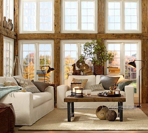 Amerikaanse land aan de oude smeedijzeren meubels retro woonkamer ...