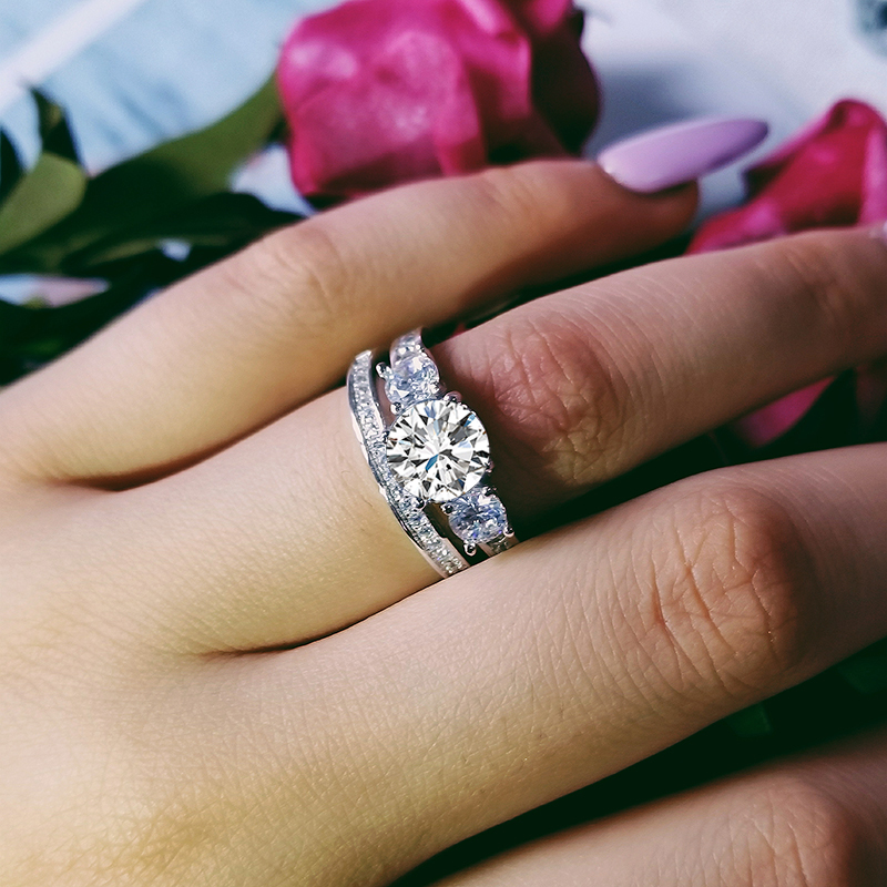 925 sterling silver Moonso Sterling Rings For Women 2 Ct Rings 2 Pc Princess Cut Wedding Engagement Jewelry Ring Set R4631 in Rings from Jewelry Accessories