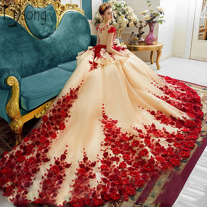 Royal Luxury 3D Rose Flower Wedding Dresses Embroidery Royal Train Applique Beads Bridal Gowns Saudi Arabia Dubai Wedding Gowns
