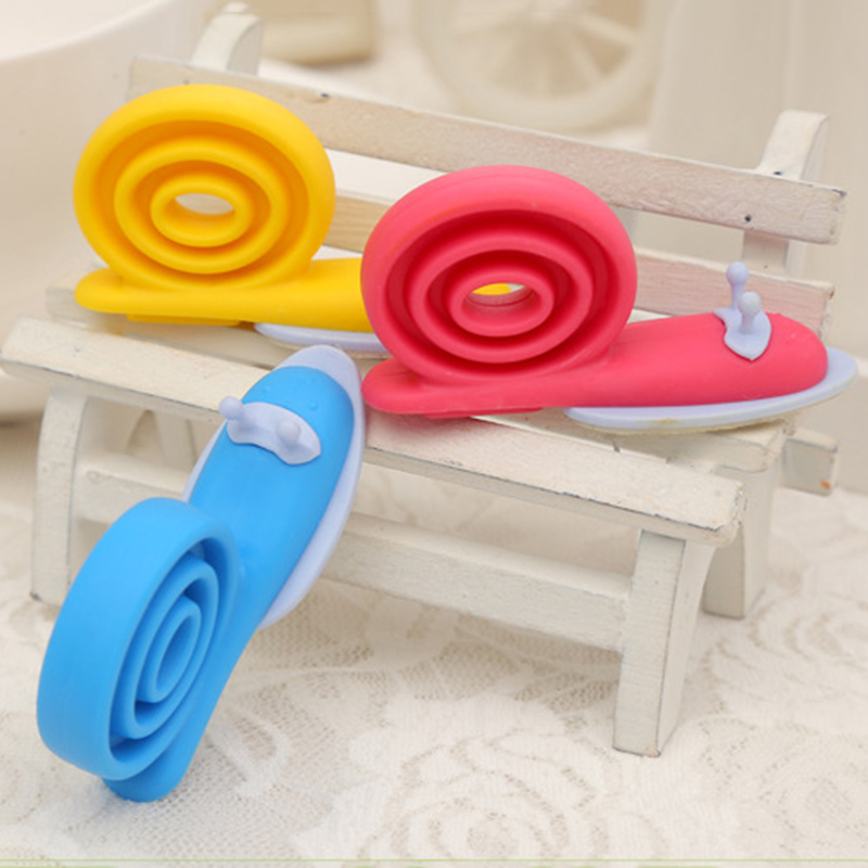 Safety Doorways New 3pcs Cute Cartoon Snail Silicone Wedge Doorstops Stopper Children Baby Safety Protector Doorway Gates 65 173cm width baby safe doorways fencing for children door stopper pet gates
