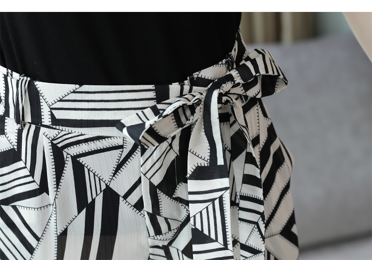 2019 Summer Elegant Two Piece Sets Outfits Women Plus Size Short Sleeve T-shirts And Printed Wide Leg Pants With Belt Suits Sets 30