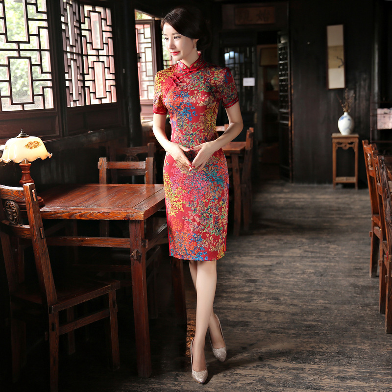 2019 winter women's satin cheongsam qipao Chinese oriental dresses traditional Chinese wedding dress retro slim evening dress