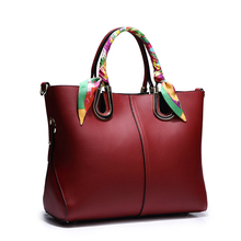 2016 new wave of large-capacity shoulder diagonal leather handbag European and American fashion handbags BB644