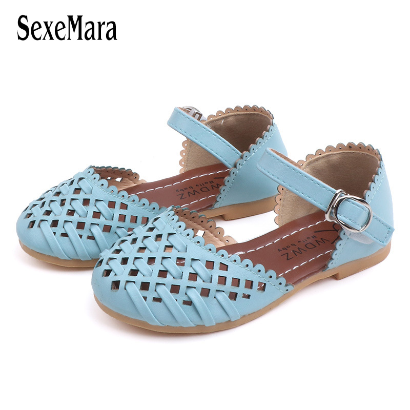 2019 Girls Summer Sandals Baby Girl Toddler Kids Shoes With Sweet Princess Soft Childrens Beach Shoes Blue Pink White C032312019 Girls Summer Sandals Baby Girl Toddler Kids Shoes With Sweet Princess Soft Childrens Beach Shoes Blue Pink White C03231