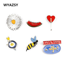New Fashion Enamel Brooch Sunflower Watermelon Bee Heart Brooches Pins For Women Jacket Collar Badge Pins Jewelry Wholesale