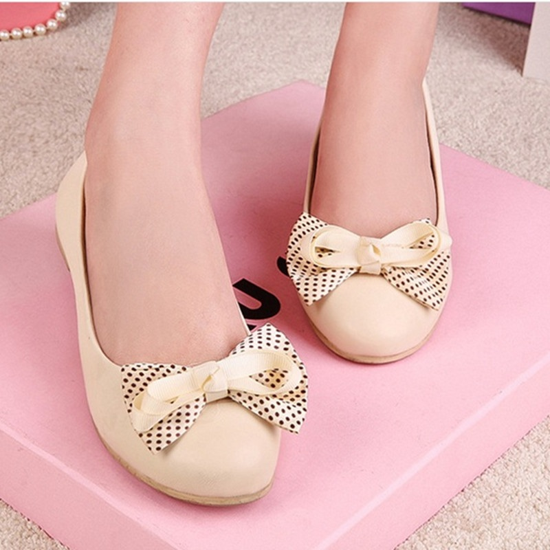 Female High quality Sweet Bow Knot Plus size 35-44 Round toe Women Shoes on Flats Casual Footwear Matching Shoes and bags italy new 2017 spring summer women shoes pointed toe high quality brand fashion womens flats ladies plus size 41 sweet flock t179