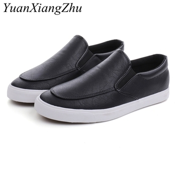 Fashion Men Loafers Slip On Casual Leather Shoes Mens Comfortable Moccasins Shoes Breathable Sneakers 2019 New Black White Flats loubuten loafers men slip on suede leather shoes mens loafers with bow knot luxury dress shoes fashion men s smoking flats