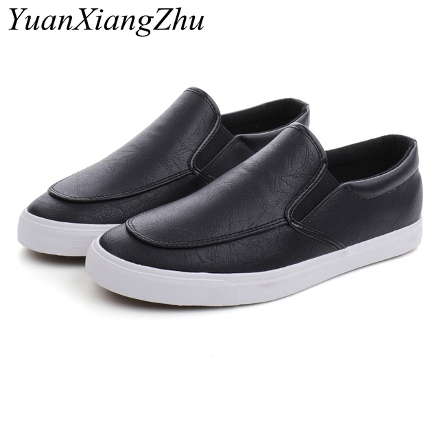 Fashion Men Loafers Slip On Casual Leather Shoes Mens Comfortable Moccasins Shoes Breathable Sneakers 2019 New Black White Flats