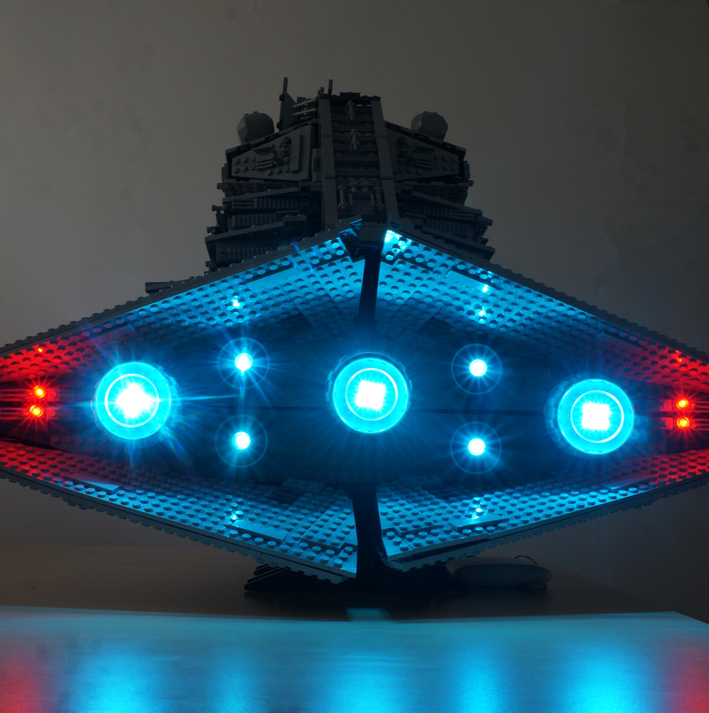 Kyglaring LED 라이트 키트 (라이트 포함) <font><b>10030</b></font> - Imperial <font><b>Star</b></font> <font><b>Destroyer</b></font> - UCS image