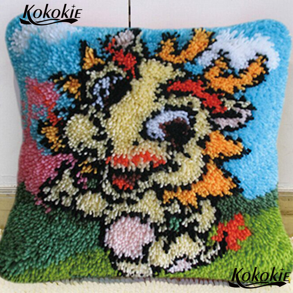 Rug Hooking Tool Latch Hook Pillow