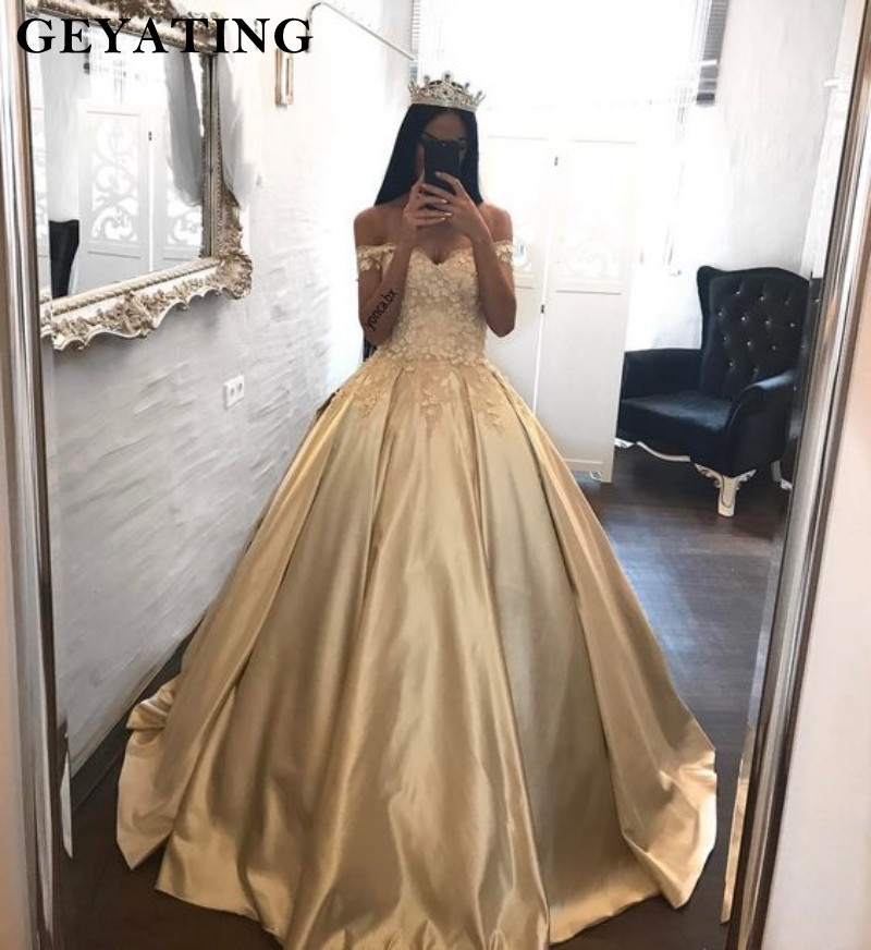 Gold Satin Princess Ball Gown Quinceanera Dresses Off Shoulder Lace 3D Flowers Sweet 16 Dresses Vestidos de quincea era 2019