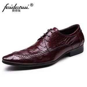 Luxury Brand Man Italian Forma