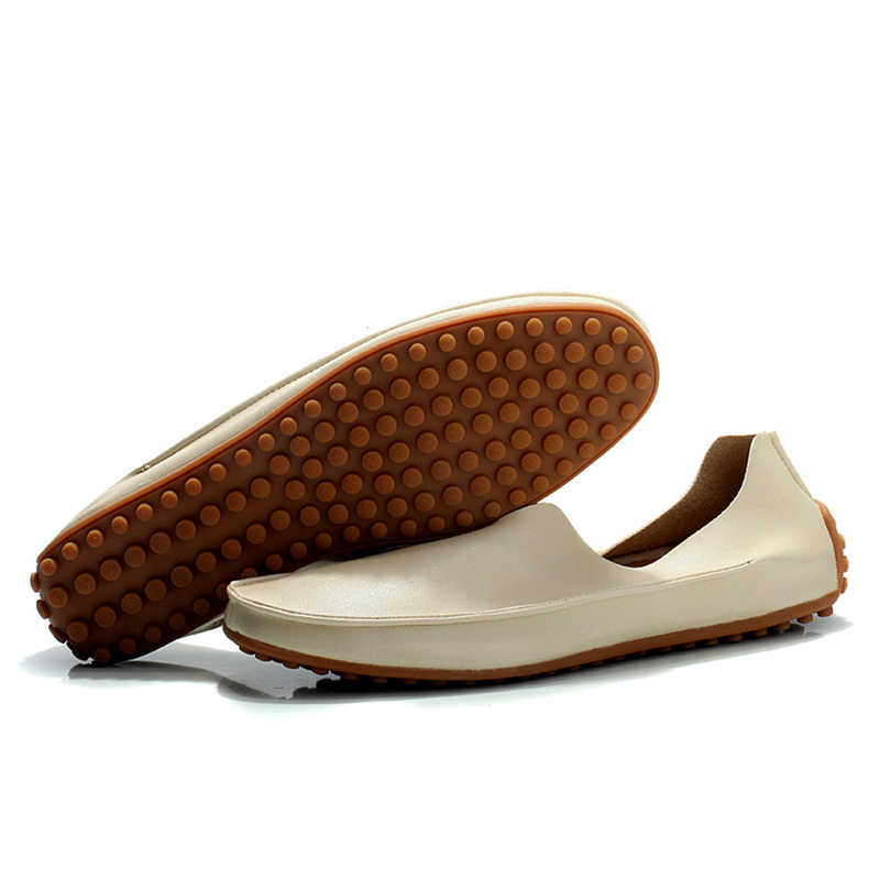 ใหม่ Casual Men รองเท้าหนัง Breathable Loafers รองเท้าแตะชายนุ่มสบายรองเท้าแฟลตรองเท้าน้ำหนักเบารองเท้าขนาดใหญ่