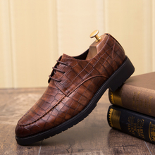 Fashion Oxford Business Men Shoes outdoor Leather High Quality business dress Soft Casual Breathable Men's Flats wedding Shoes 5