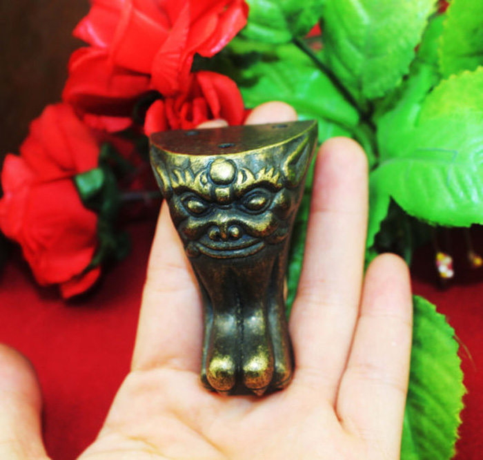 Vintage Bronze Feet Corners Classical Large Beast Head cabinet Four Sides Metal Furniture Protection Decorative Corner 40x54mm allen roth brinkley handsome oil rubbed bronze metal toothbrush holder