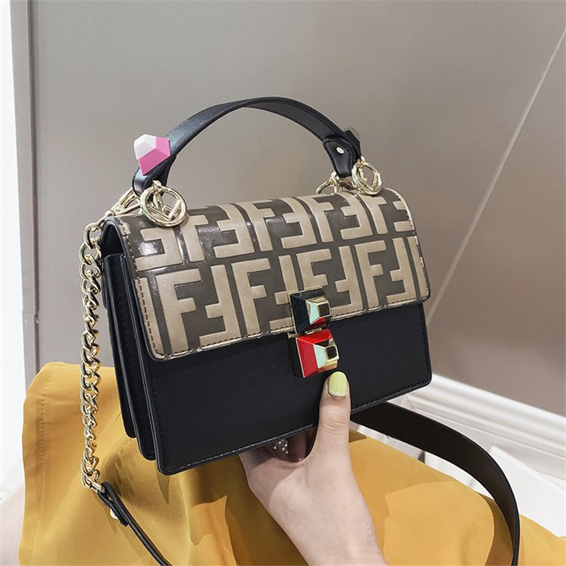 2019 New Famous Design Letter Chain Shoulder Messenger Bags High Quality Panelled Women Purse and Handbags