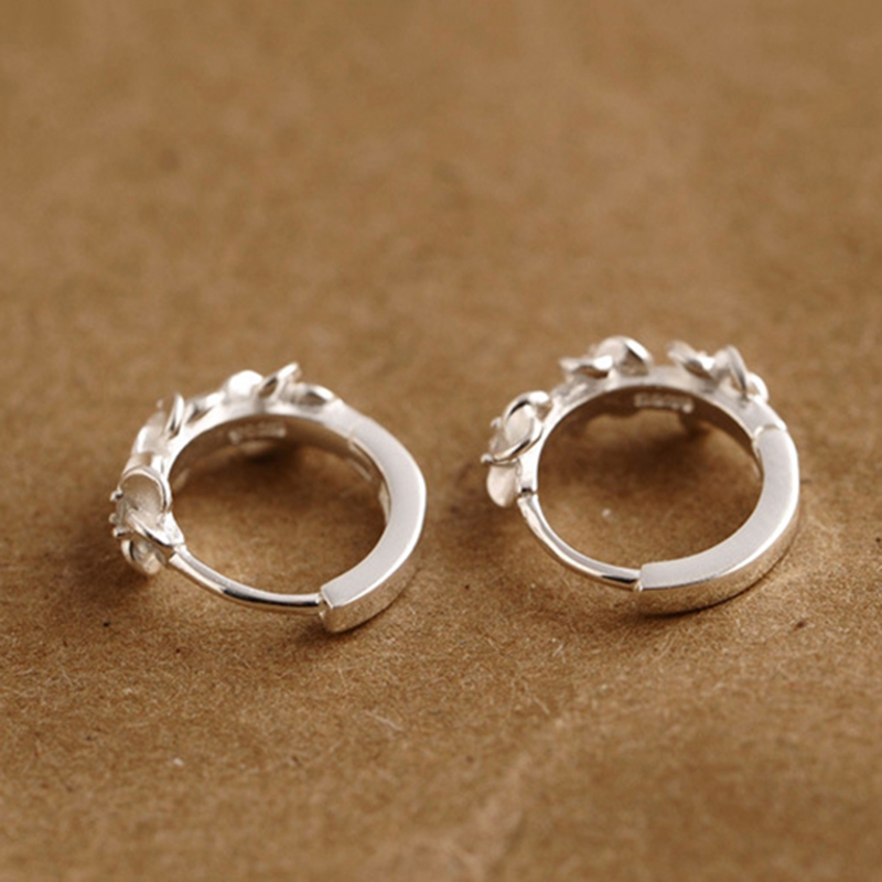 H:HYDE Nice Shipping Silver-color Womens Beautiful Flower Shaped Unique Hoop Earrings 2018 New Elegant Classic Ear Jewelry Gift