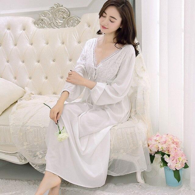 a8c433435c131bf Ретро дворец Ночная рубашка Женский возраст V воротник кружева хлопок с  длинными рукавами белая ночная рубашка