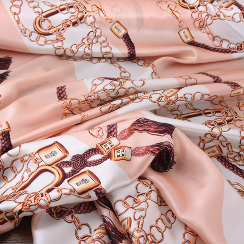 140CM Wide 19MM Chains Print 90 Silk 10 Lycra Stretch Pink Silk Satin Fabric for Dress