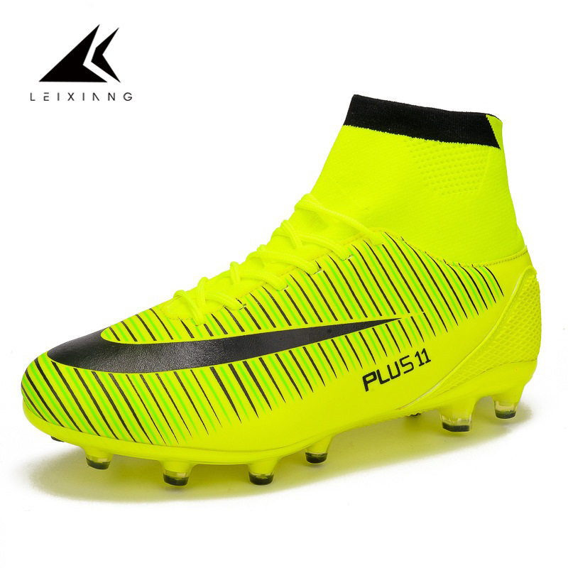 Oulan Zapatos De Futbol Outdoor High Ankle Breathable Soccer Shoes Men Long Spikes Football BootS Sneakers Chuteira Futebol39-46 health top soccer shoes kids football boots cleats futsal shoes adult child crushed breathable sport football shoes plus 36 45