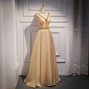 Image 2 - Spacer obok ciebie burgundowe suknie wieczorowe długie 2020 złota satynowa wyszywana kryształkami V neck vestido de fiesta largos de noche elegante