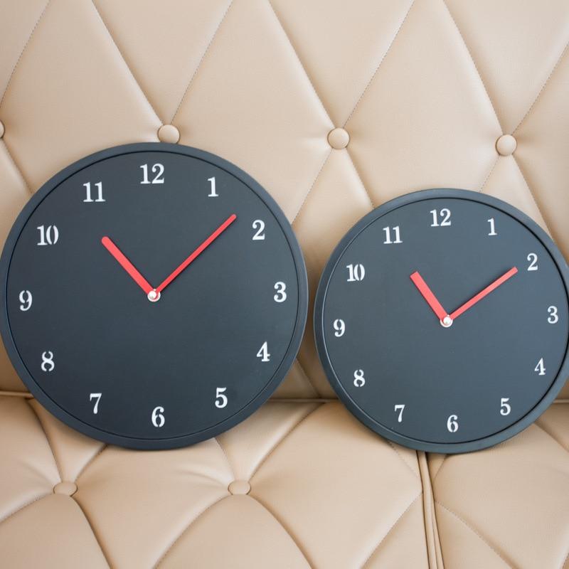 Small Wall Clock Living Room Modern Minimalist Silent Quartz Clock