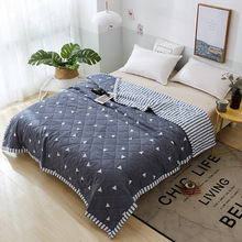Air-permeable Soft Cooling Summer Quilt Blankets Polyester Stitching Quilted Diagonal Design Bedroom Comfortable Summer Quilt