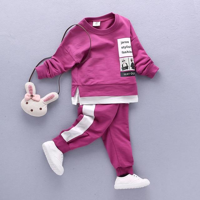 2017 Весной Мальчиков одежда Наборы дети футболки + брюки в Полоску печати детская одежда Повседневная мальчики Толстовки Спортивный костюм наряды