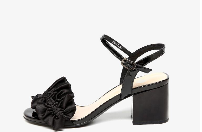 Marca Verano Rosa Zapatos Astilla Tacones Hebilla 2018 Altos Sandalias Ruffles Mujeres Mujer De Negro Nueva wYpxT1qY