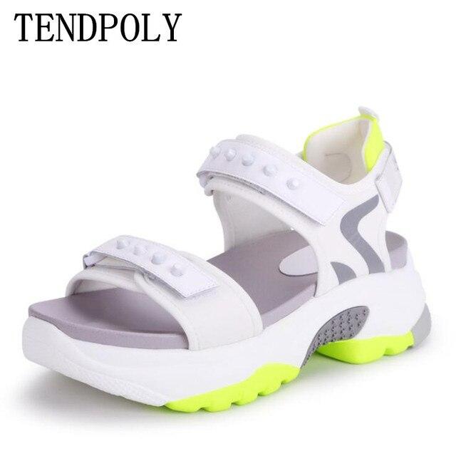 Сандалии женские из микрофибры, мягкие босоножки, Нескользящие, дышащие, толстая подошва, Повседневная модная спортивная обувь, лето