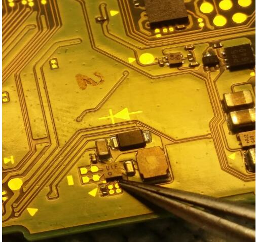 Repairing Small IC Chip For NS For Nintend Switch