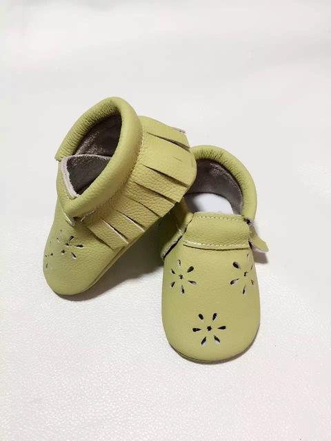 Moccoasins Hollow Muchacha Nieve Muticolor Lindo Infantil Del Niño Del Bebé Suave Suela Prewalker Primera Walker zapatos de los niños de cuero de vaca