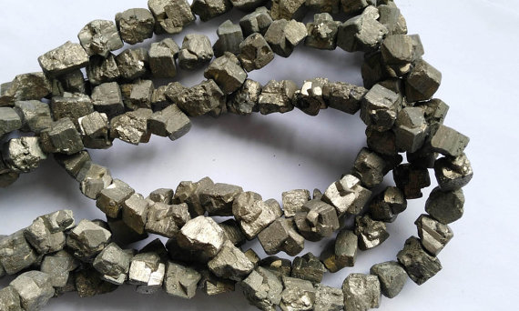 Reasonable Wholesale Genuine Raw Pyrite Nuggets Bead Freeform Iron Gold Box Square Cube Loose Beads 8-20mm Full Strand Jewelry & Accessories