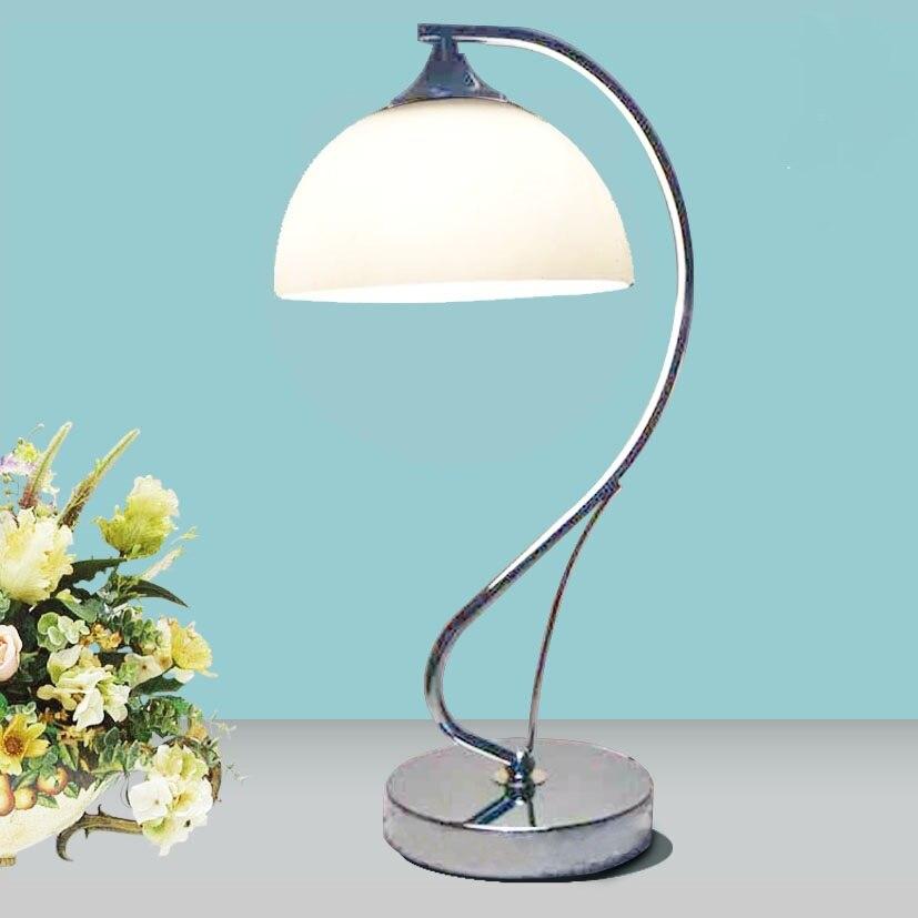 A1 простой спальня гостиная лампа прикроватная исследование Европейский новые декоративные лампы диммер современный минималистский белый ...