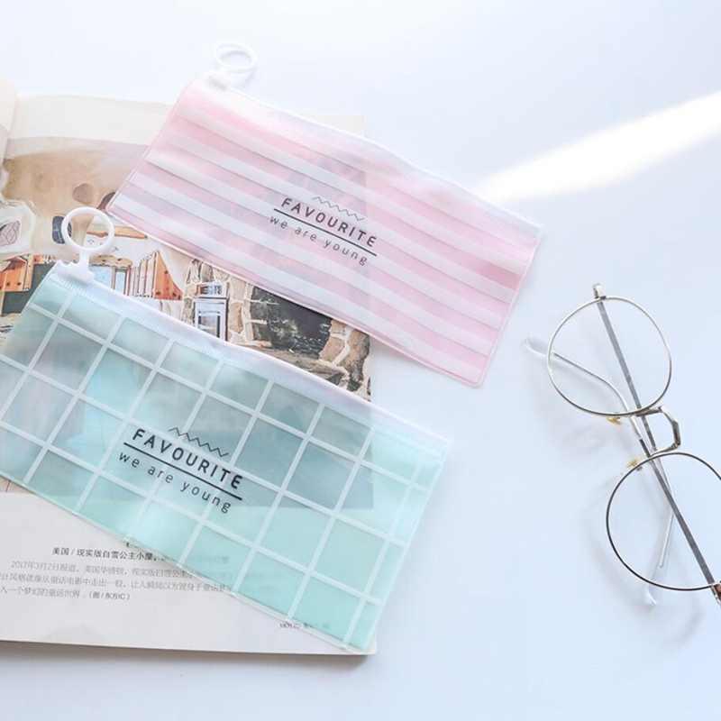 2 pçs/lote Kawaii Dos Desenhos Animados PVC Transparente Caixa de Lápis Material Escolar Crianças Dom Artigos de Papelaria Bonito Caixa de Lápis Saco do Lápis