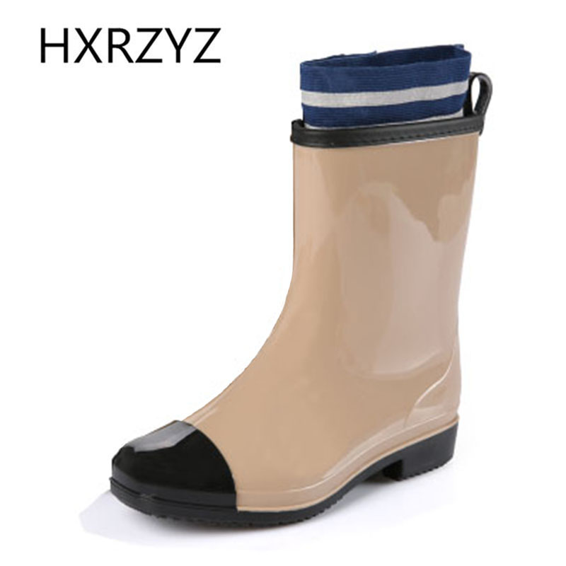 2017 new Spring and autumn Woman Fashion Rain Boot Waterproof Non-slip Plus cotton Warm Rubber Boots And ankle rain shoes  water shoes spring and autumn woman warm rain shoes and ankle rain boots lady waterproof fashion rubber boots