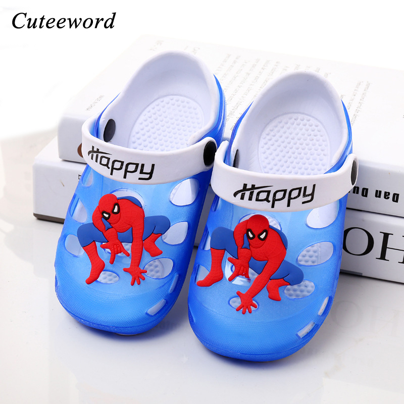 Baby boy summer shoes for childrens sandals cartoon spiderman boys hole shoes soft bottom kids footwear girls slippers non-slip