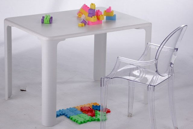 Kids dining table Children's toys table minimalist modern Baby learning table Wooden Dining Baby Table