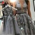 Mãe E Filha Jogo Formal Evening Prom Dress Cinza Pérolas Com 3d Flores de Tule Sheer Vestidos de Festa Robe De Soirre Fotos Reais