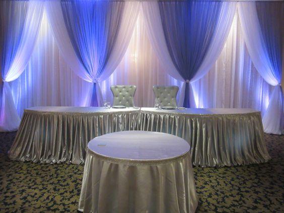 Toile de fond blanche de mariage de 10ft x 20ft avec la décoration d'étape de rideaux de mariage de Swags bleu royal