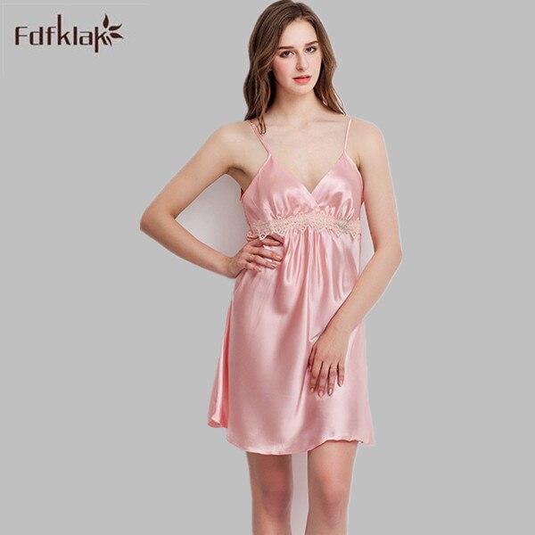 2017 Brand New Sleep Dress Sexy Satin Sleepwear Silk Nightgown Women Nightdress Sleeveless Sexy Lingerie Plus